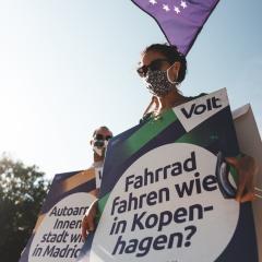 (nur mit Namensnennung) 2020-09-12_Plakatschlange-Köln_Sant'Unione_005.jpg