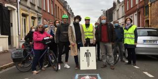 Avec LilleVerte en créant l'attention pour les cyclistes