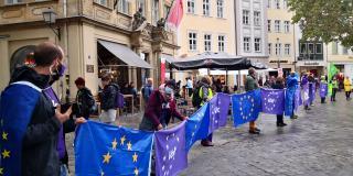 Menschenkette am Grünen Markt