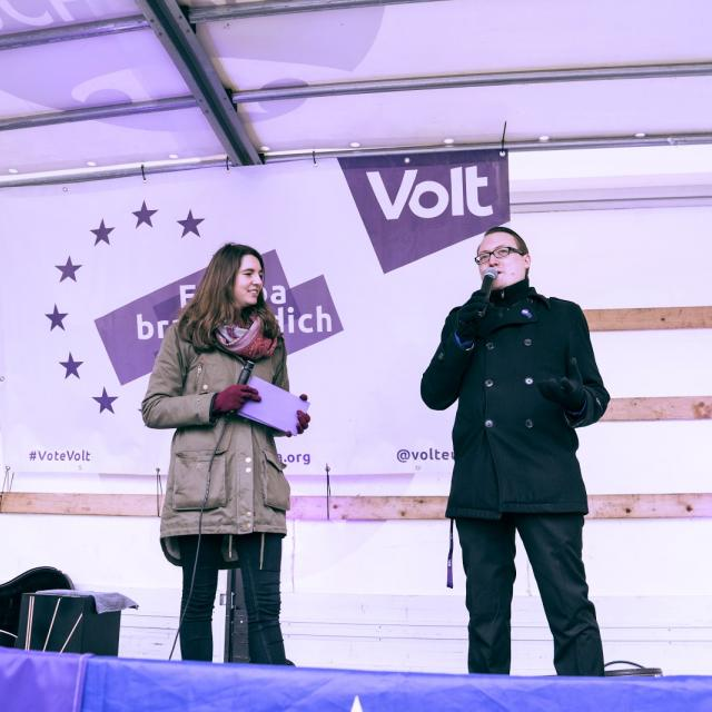 Bühnenprogramm bei Wahlkampfveranstaltung von Volt München
