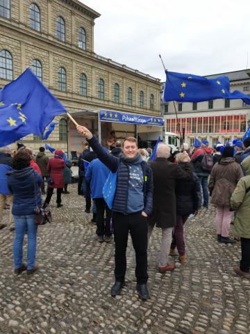 Felix Sproll auf einer Veranstaltung von Pulse of Europe (Archivbild)